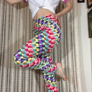 LULAROE Leggings Rainbow Dance circles